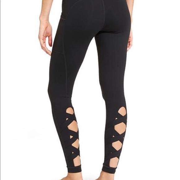 b1acaeba979b4 Athena Pants   Athleta Cris Cross Lattice Leggings Small   Poshmark